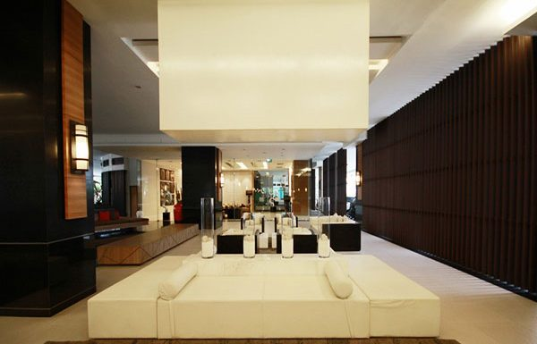 Sathorn-Garden-Bangkok-condo-for-sale-Lobby