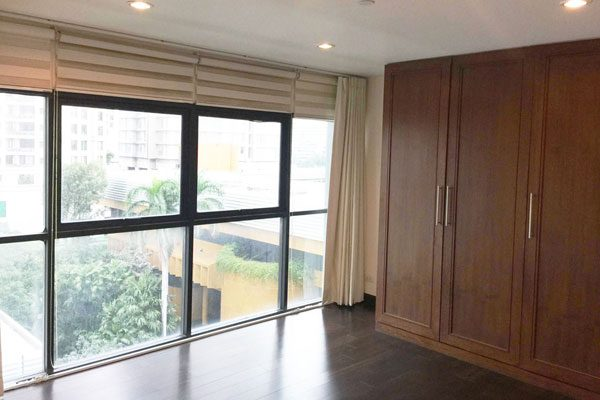 2br-partly-furnished-sathorn-garden